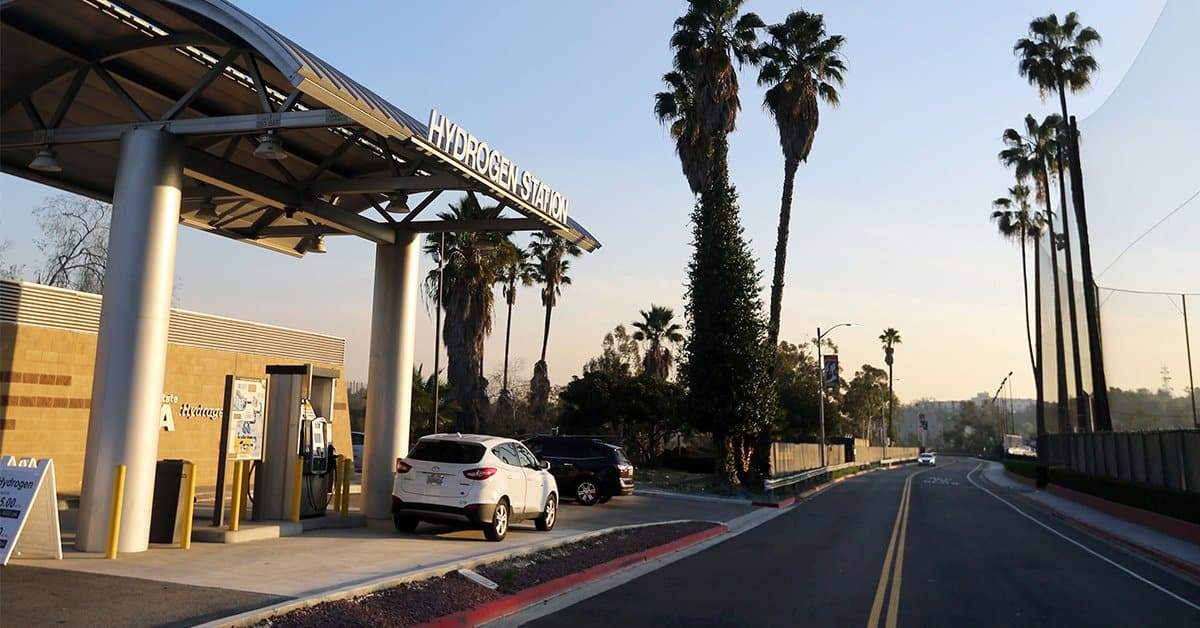 Evening photo of the Hydrogen Station at Cal State LA by J. Emilio Flores Cal State LA